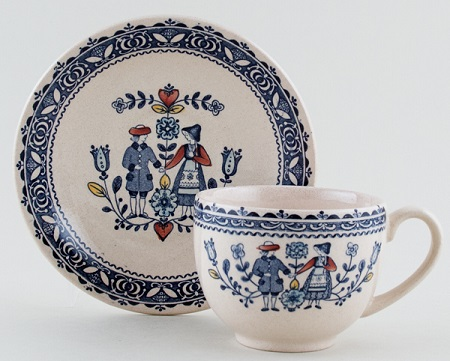 Johnson Bros Hearts and Flowers blue with colour Teacup and Saucer